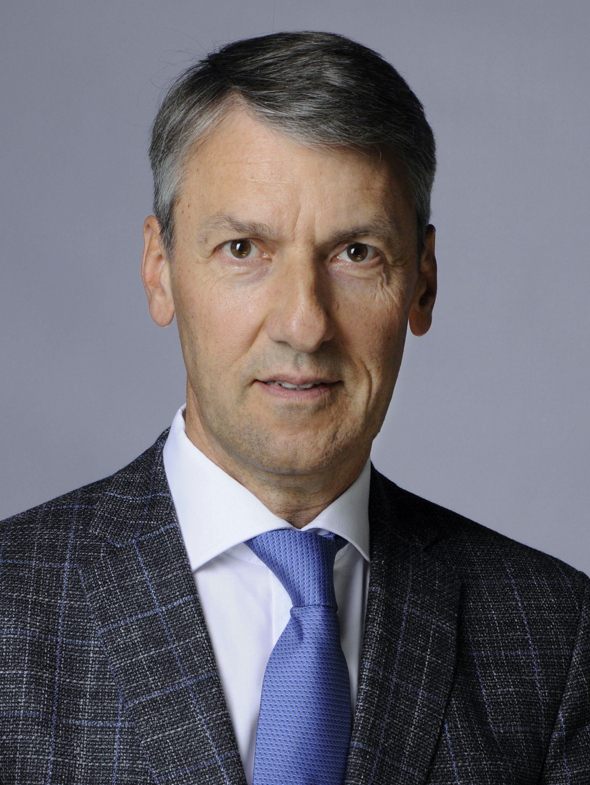 Dr. Peter Doetsch